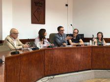 Reunió de treball a la Sala de Plens de l'Ajuntament